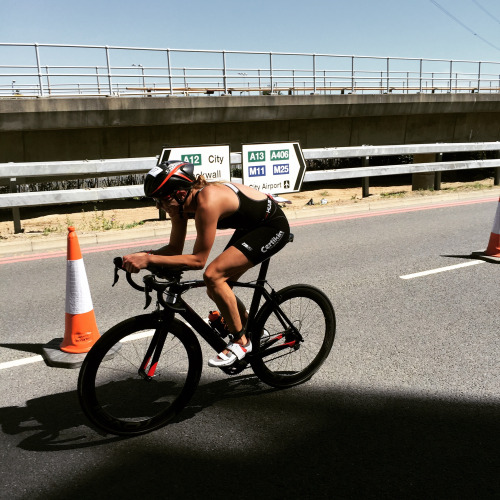 Top 10 Elite at The London Triathlon by Kimberley Morrison | Aug 9, 2015